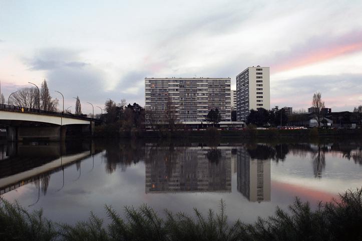 http://www.francoistaverne.com/files/gimgs/11_immeubles40x60.jpg