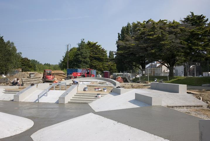 http://www.francoistaverne.com/files/gimgs/72_skatepark-saint-nazaire-33.jpg