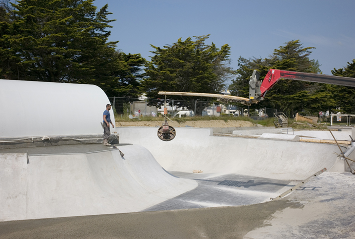 http://www.francoistaverne.com/files/gimgs/72_skatepark-saint-nazaire-43.jpg