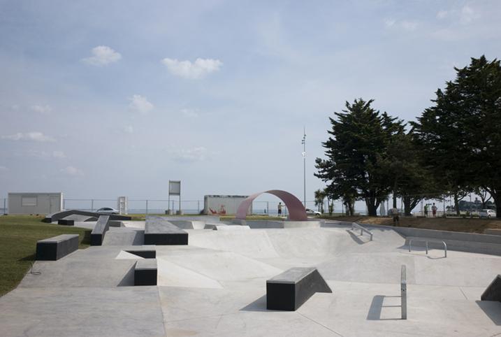 http://www.francoistaverne.com/files/gimgs/72_skatepark-saint-nazaire-48.jpg