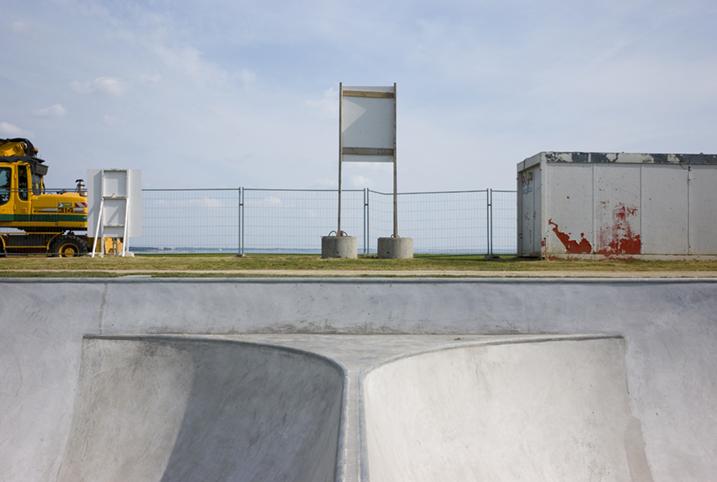 http://www.francoistaverne.com/files/gimgs/72_skatepark-saint-nazaire-54.jpg