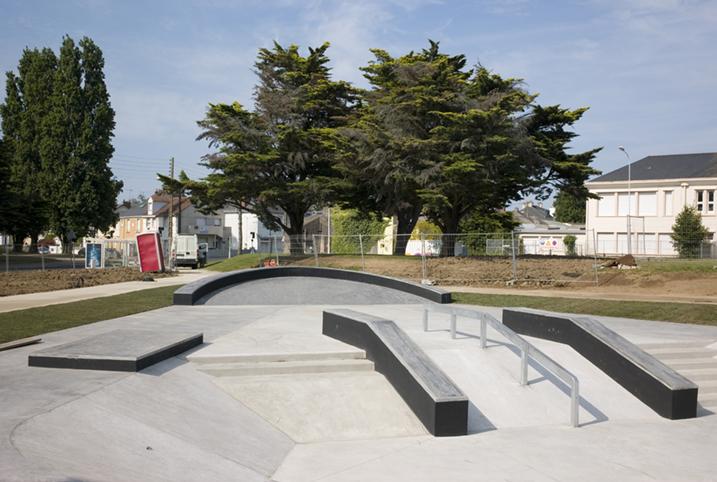 http://www.francoistaverne.com/files/gimgs/72_skatepark-saint-nazaire-60.jpg