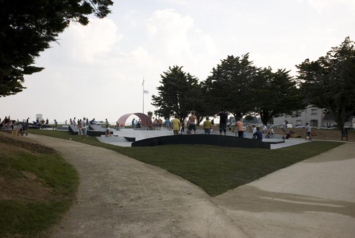 http://www.francoistaverne.com/files/gimgs/72_skatepark-saint-nazaire-63.jpg